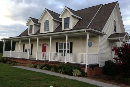 Buckingham Virginia Home - BUCKINGHAM - Rumah