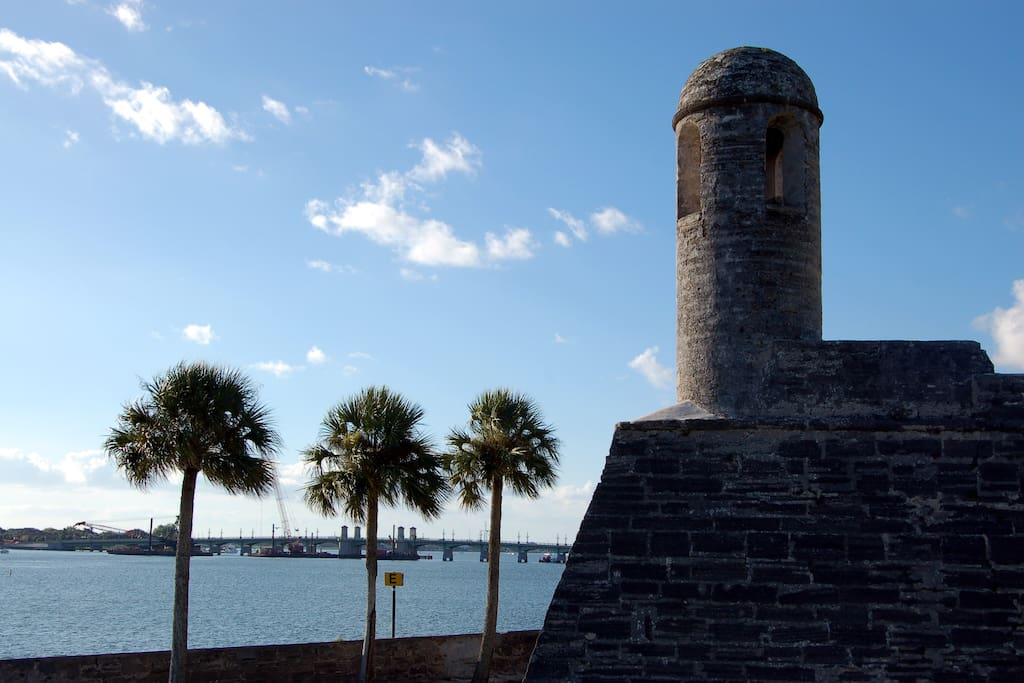 Check out the old fort monument