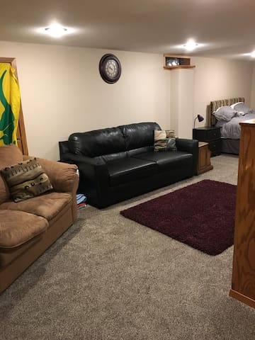 Quiet, Comfortable Basement all to Yourself