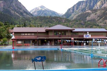 Cabin - Mountain Townhouse - Wohnung