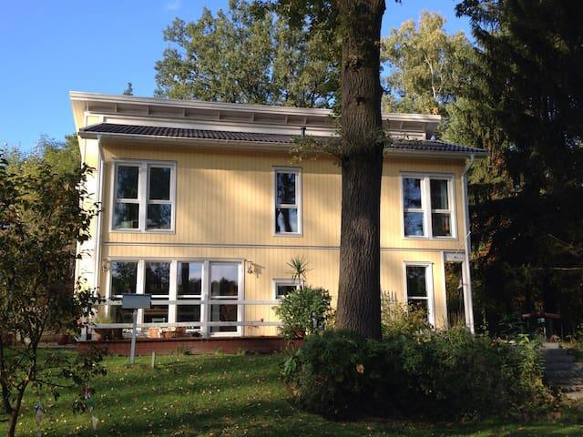 Modernes Haus am See bei Berlin - Königs Wusterhausen - Huis