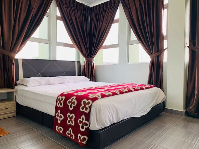 EXIN Homestay 1-16 person Cheap & Value!