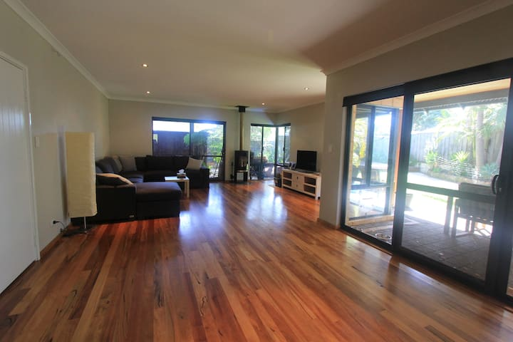 Beautiful house close to town - Margaret River - Talo