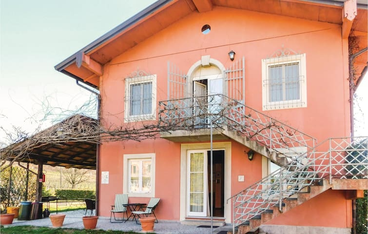 Holiday apartment with 1 bedroom on 45 m² in Corno di Rosazzo (UD)