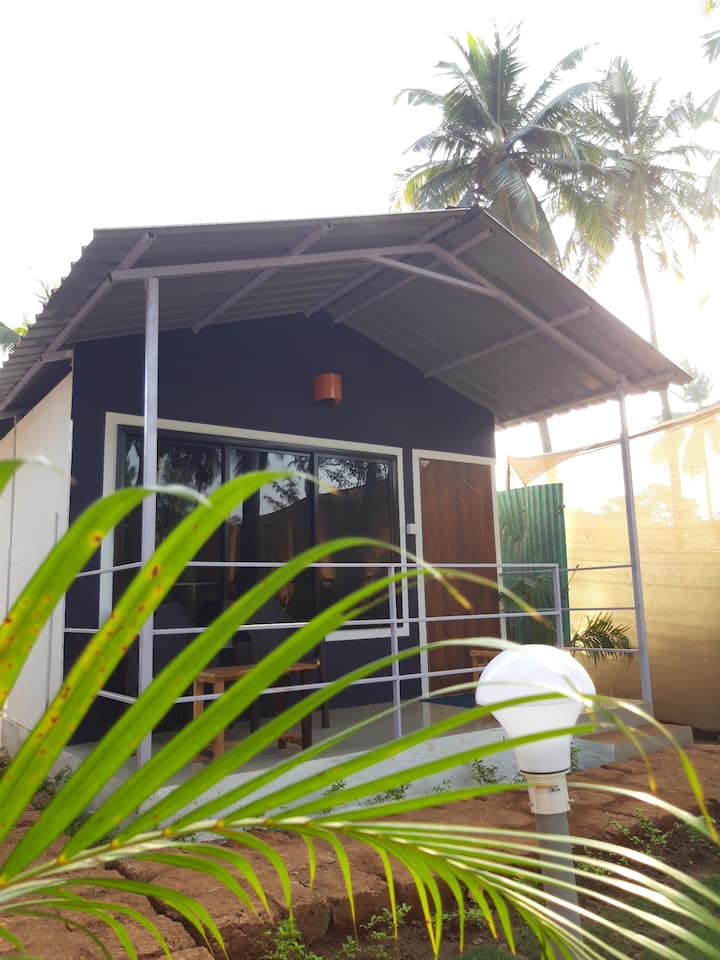 Premium AC Cottage With Garden Near Agonda Beach