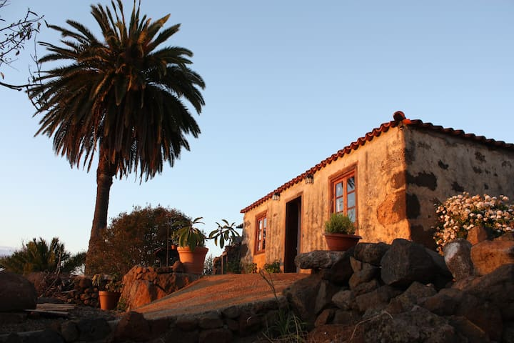 Eco-rural house over cliffs - Puntagorda - Casa