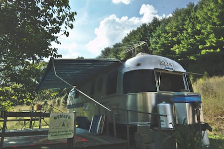 Airstream on the North Fork - Abingdon - キャンピングカー/RV車