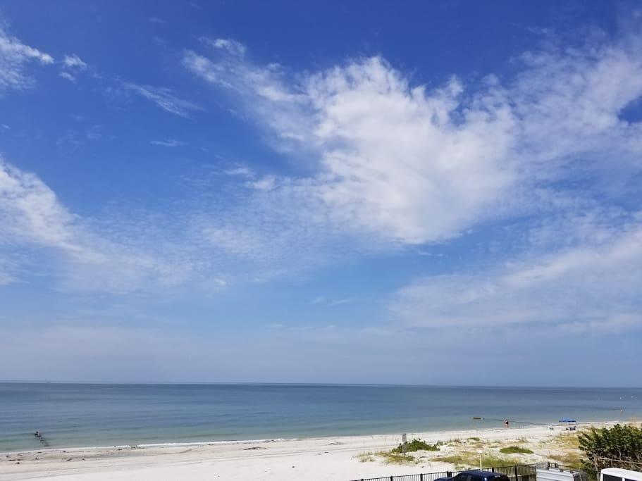 ON THE BEACH/GULF
