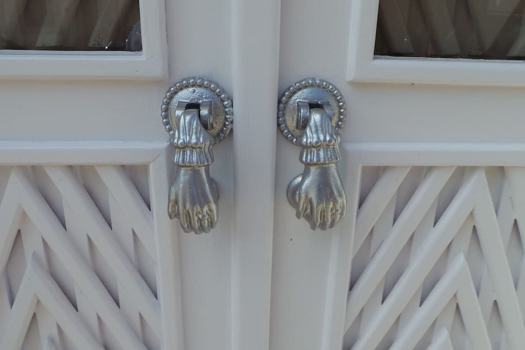 Traditional Tavira doors and 'hand of Fatima' Pulls