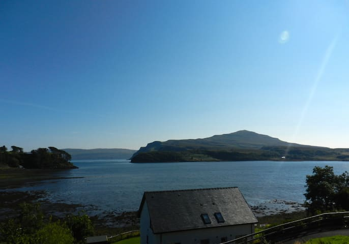 By the Shore - Portree - Apartamento