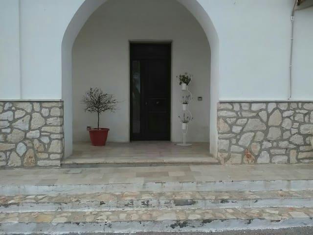 Appartamento in Villa - Mottola - Byt