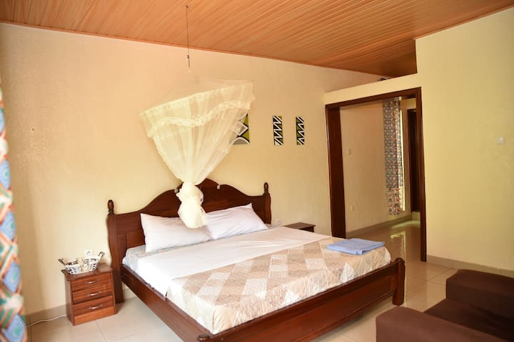 Kigali Castle Bed & Breakfast, KINGS Room