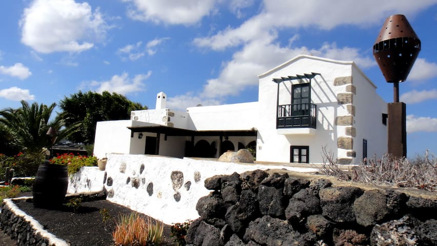 Lanzarote Volcánica-El Oratorio - Masdache - Huis