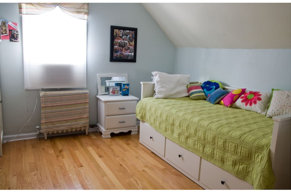 2nd bedroom Upstairs is not listed but can be rented for additional guests.