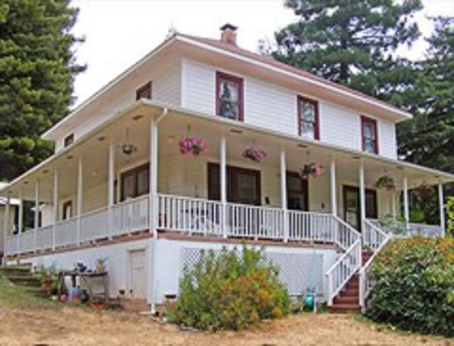 Large historic home anderson valley casas para alugar em for Dennis mill cabin