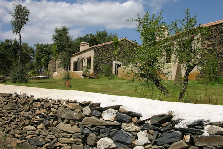 Comfortable cottage in Extremadura, Spain with communal swimming pool