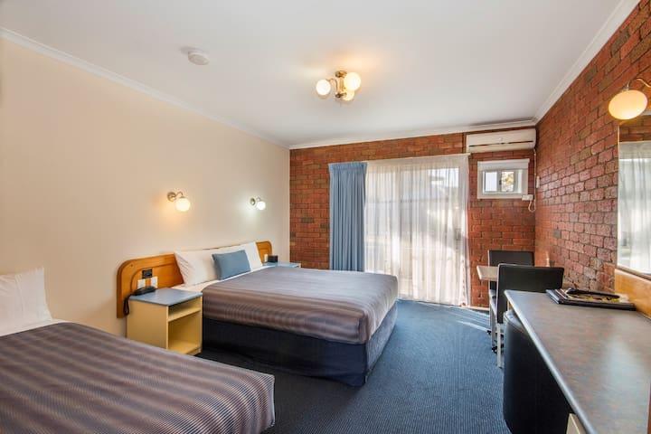 Torquay Tropicana Motel - Standard Unit