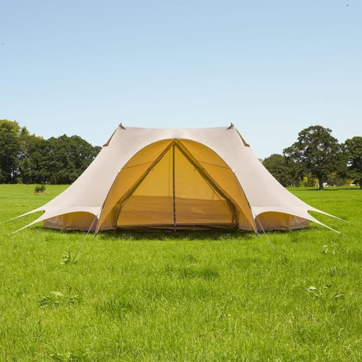 Chez Cyril - Luxury Emperor Bell Tent