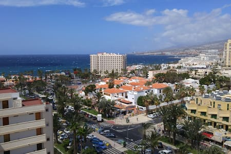 Studio, swimming pool, terrace, tennis court,ocean - Santa Cruz de Tenerife - Rumah