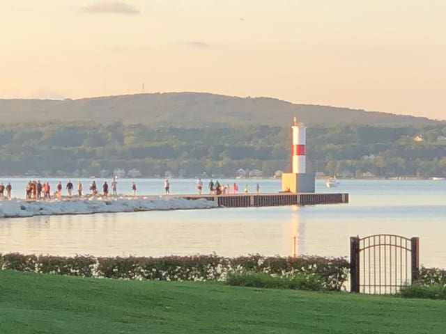 Awesome Location Near Petoskey Pier!
