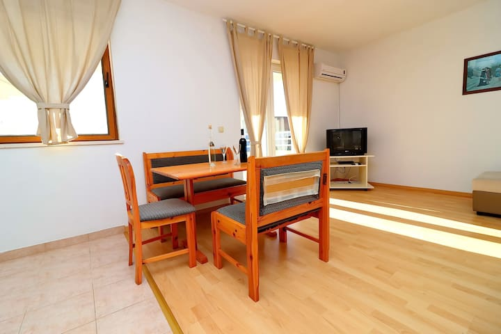 Apartment Marković - 1Bedroom Apt. with Terrace