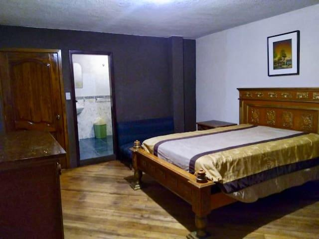 Habitación privada Quito Valle de los Chillos