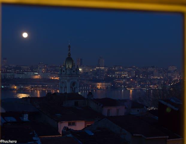 Comfrtable living overlooking Halıç - Fatih - Rumah