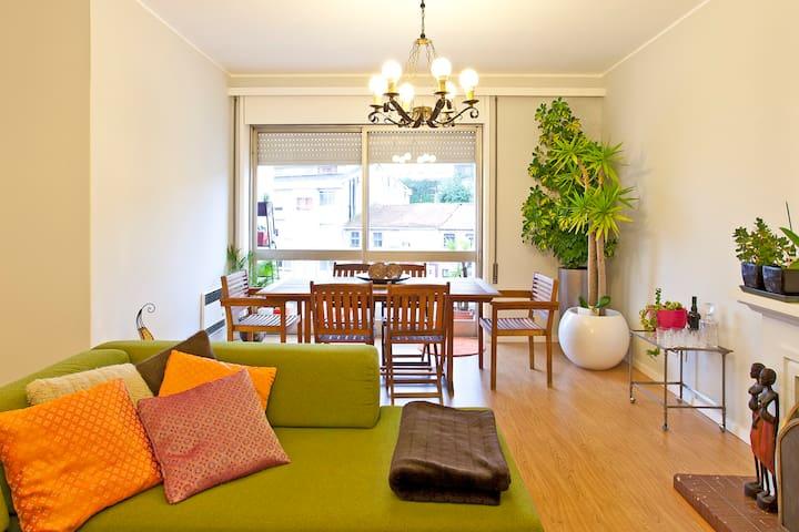 The Travelers Friendly Room  - Porto - Lakás