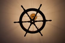 民宿內部船舵燈 Lighting