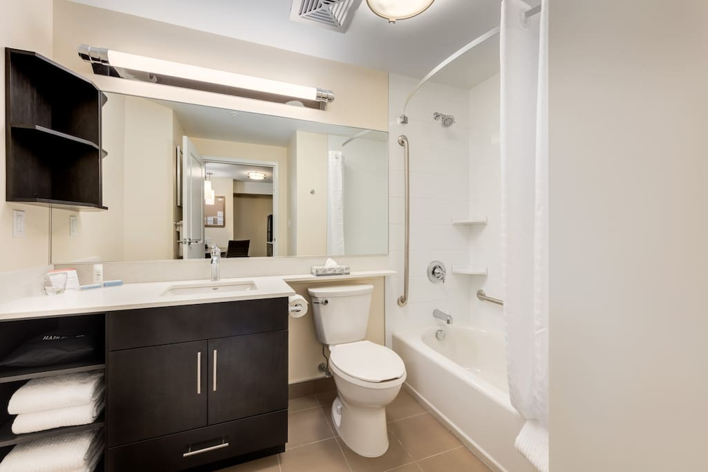 Private bathroom with shower/bathtub