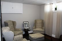 Relaxing TV Room with Bell Satellite & or Netflix