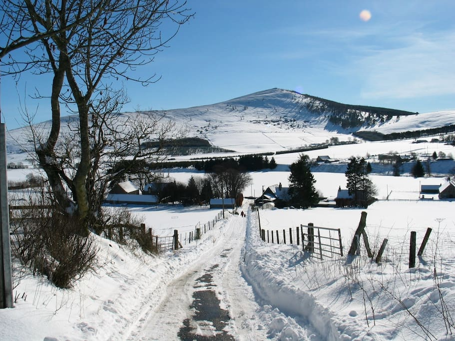 Looking down the lane from Weaver's Cottage in winter.. for the hardy!!