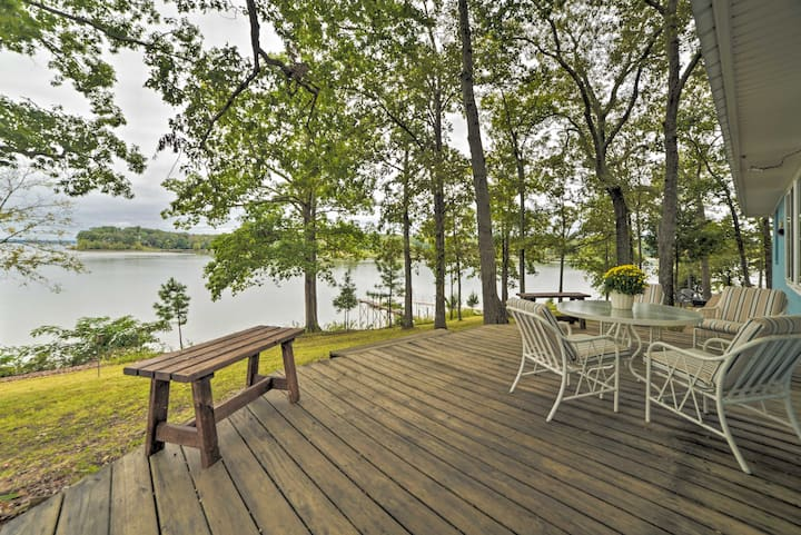 NEW! Kentucky Lake Cabin w/Private Dock + Fire Pit