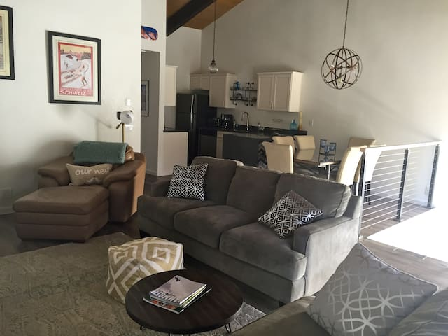 3bd 2b family friendly condo in old Mammoth