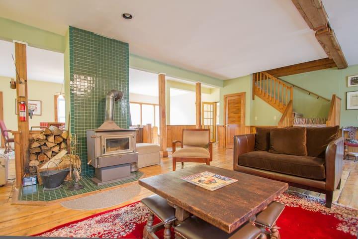 Family-Friendly Home: Ski & Shop - Manchester - Huis