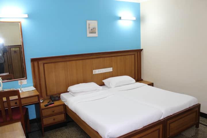 AC Double Room at Andheri Mumbai