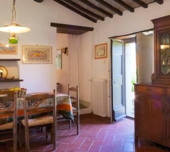 Casa in pietra in piccolo borgo - Province of Arezzo