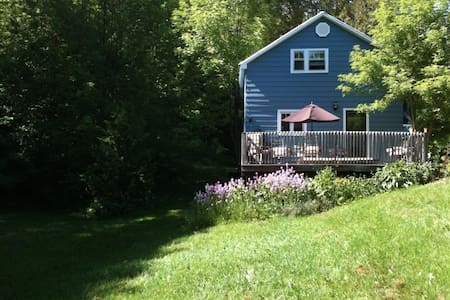 Meaford Country Home  - Meaford