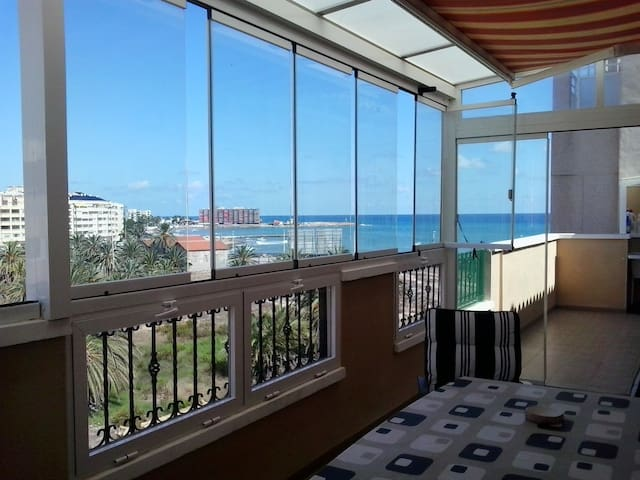 WIFI AND 3 MINUTS TO THE SEA!!! - Torrevieja - Apartment