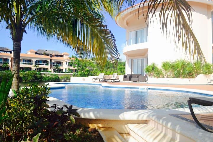 Lagoon View 3 Bedroom Apartment - Puerto Aventuras - Apartamento