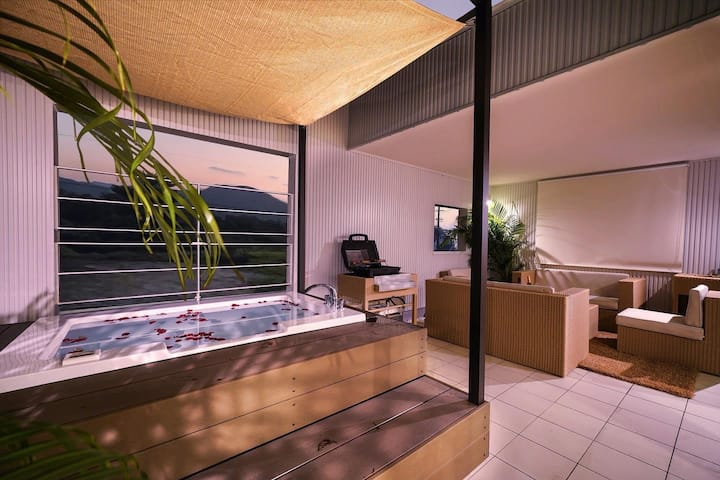 ★Resort Villa with private terrace &  jacuzzi ★