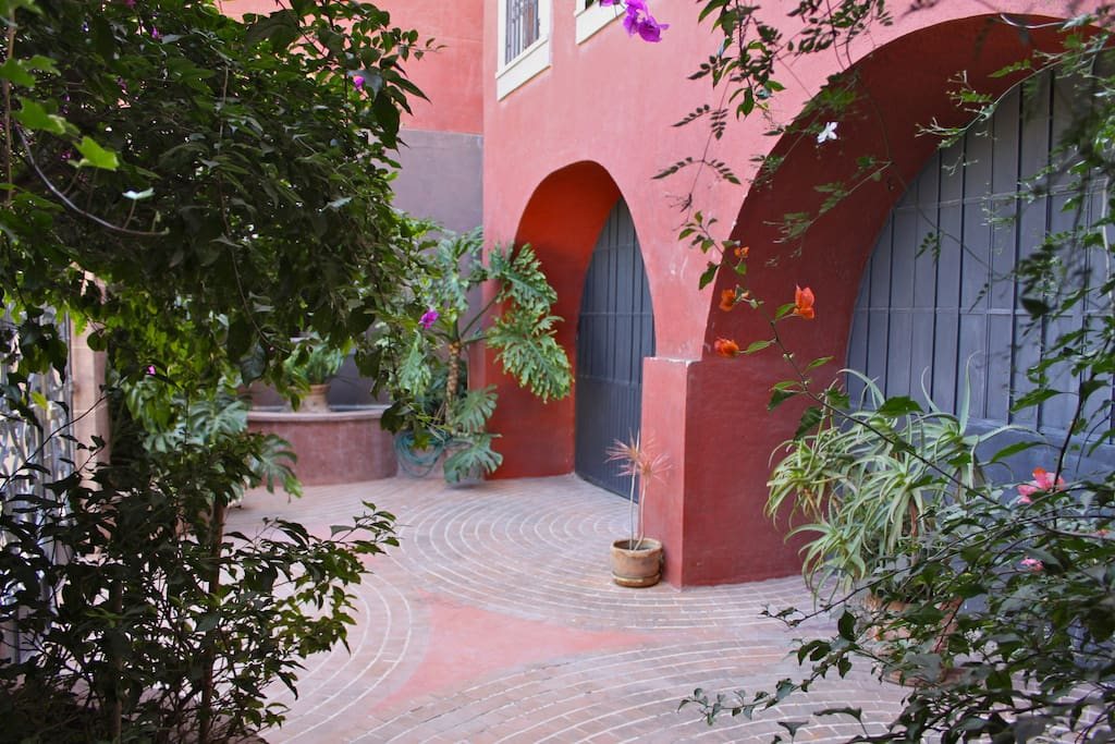 The courtyard.