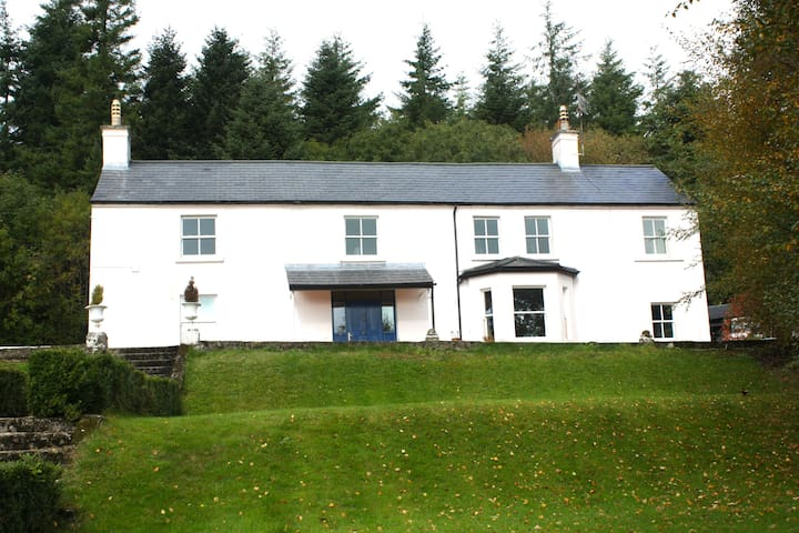 Wicklow Country House - Wicklow - บ้าน
