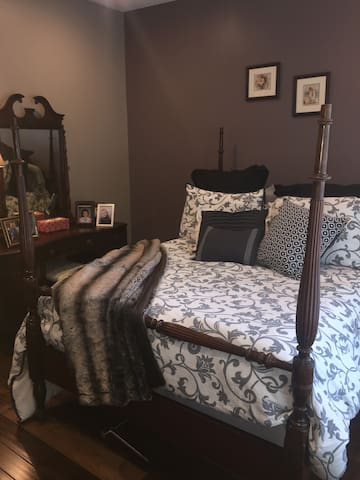 Cozy Estate Retreat - Close to DC! - Haymarket - 一軒家