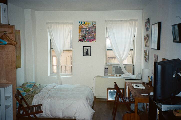 Cozy Lower East Side Studio Apt