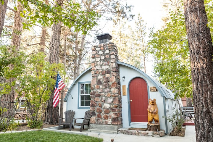 Big Bear Quonset Lodge-Pet Friendly
