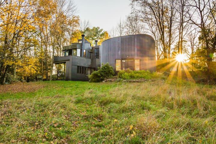 The Rubber House - studio & retreat - Accord