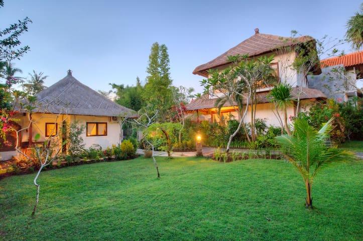 Echo Beach Private Villa