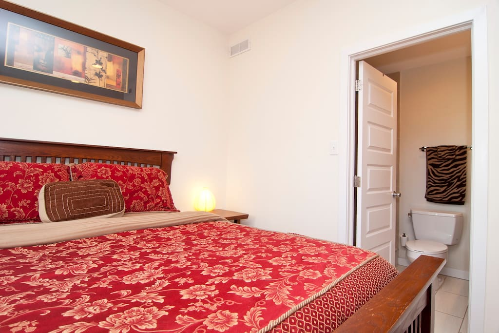 Master Suite with Queen Size Bed & Attached Private Full Bath
