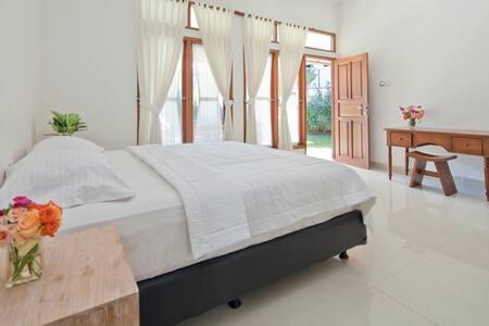 F Villa Bali